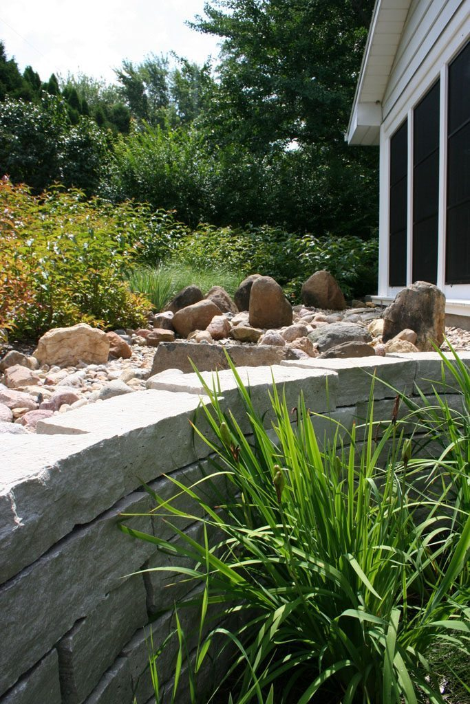 hanke-lawrence_residence_stone_wall_madison_wi