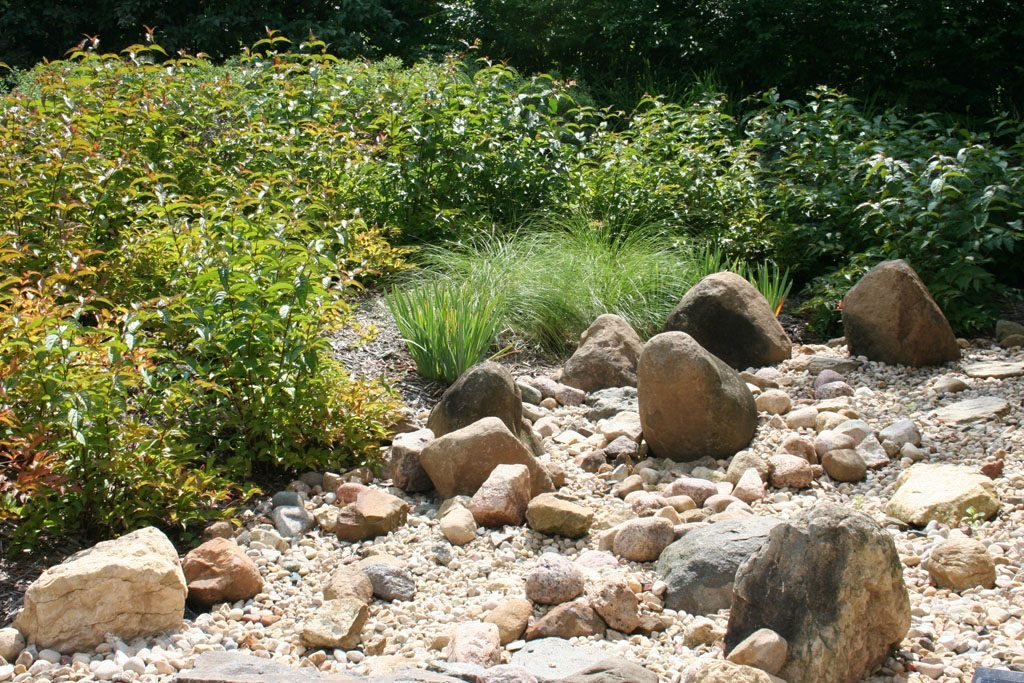 hanke-lawrence_residence_stones_native_plants_madison_wi