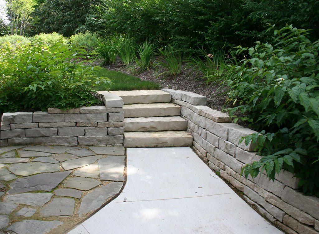 hanke-lawrence_residence_walkway_steps_madison_wi