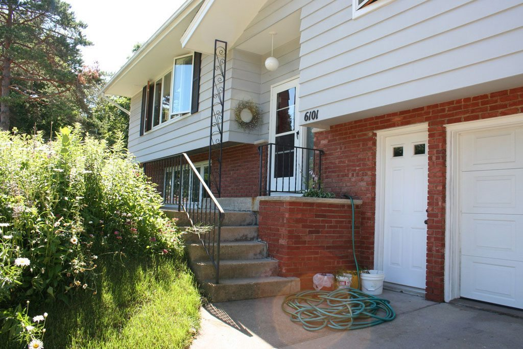 lowe_front_entry_before_madison_wi
