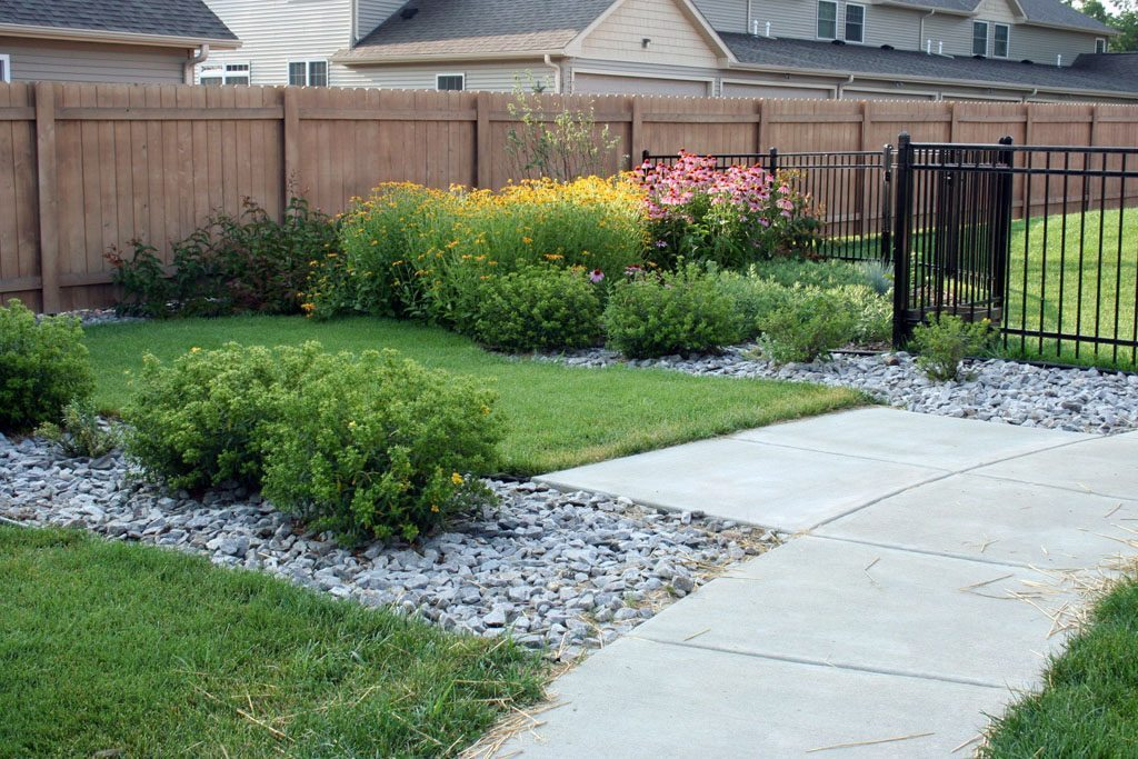weebleworld_child_care_ctr_native_landscaping_stoughton_wi